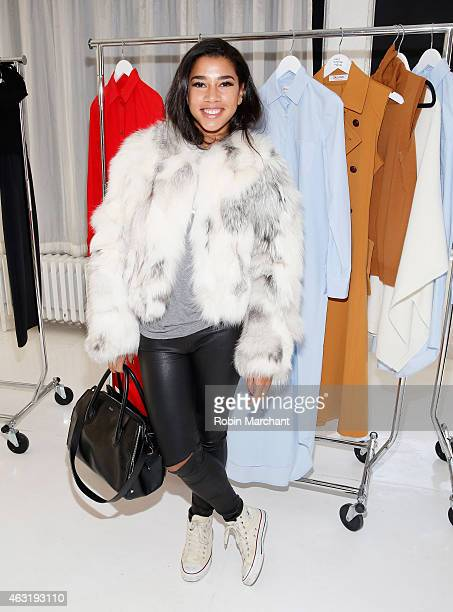 Hannah Bronfman attends at Organic By John Patrick Presentation on February 11 2015 in New York City