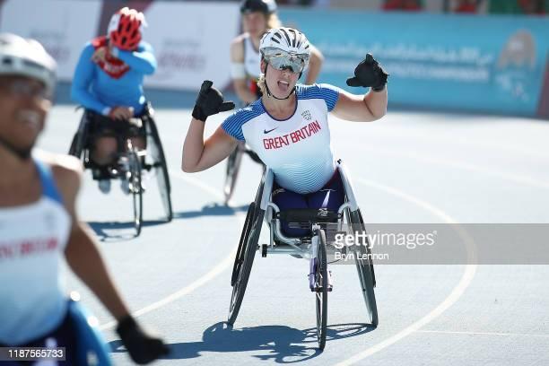 Hannah Cockroft of Great Britain celebrates winning the Women's 800m T34 during Day Eight of the IPC World Para Athletics Championships 2019 Dubai on...
