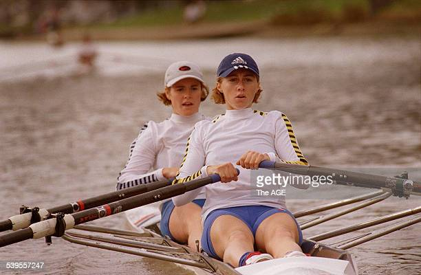 Hannah Every and Amber Halliday of the womens lightweight doubles practice on the Yarra river 5 June 1999 THE AGE Picture by DOMINIC O'BRIEN