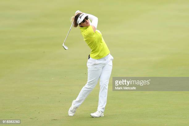 Hannah Green of Australia hits an approach shot during day one of the ISPS Handa Australian Women's Open at Kooyonga Golf Club on February 15 2018 in...