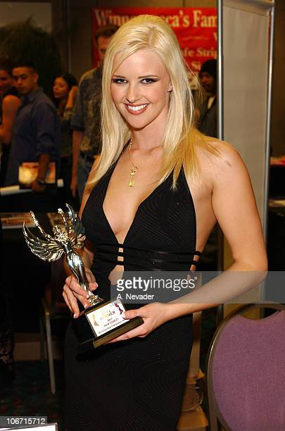 Hannah Harper Nightmoves 2002 Winner of Best New Starlet Award hosted by the 10th Annual Adult Entertainment Awards