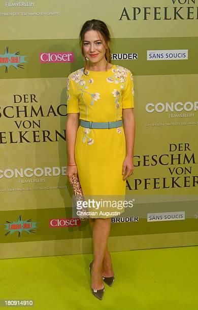 Hannah Herzsprung attends the 'Der Geschmack von Apfelkernen' German premiere at CinemaxX Dammtor on September 17 2013 in Hamburg Germany