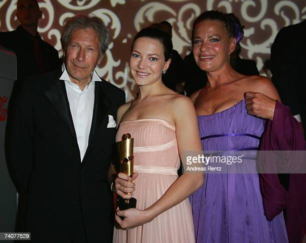 Hannah Herzsprung with her parents Bernd Herzsprung and Barbara attend the German Film Awards at the Palais am Funkturm on May 4 2007 in Berlin...