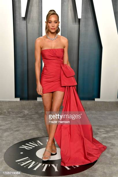Hannah Jeter attends the 2020 Vanity Fair Oscar Party hosted by Radhika Jones at Wallis Annenberg Center for the Performing Arts on February 09 2020...