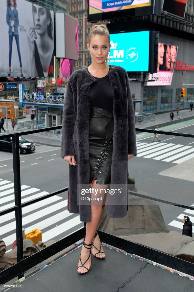 Hannah Jeter visits 'Extra' at their studios at the Hard Rock Cafe in Times Square on February 14, 2017 in New York City.