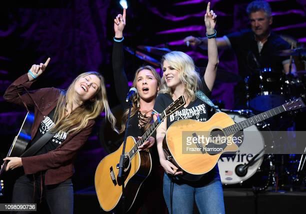 Hannah Mulholland Naomi Cooke and Jennifer Wayne of Runaway June perform onstage during ACM Lifting Lives Presents Borderline Strong Concert at...