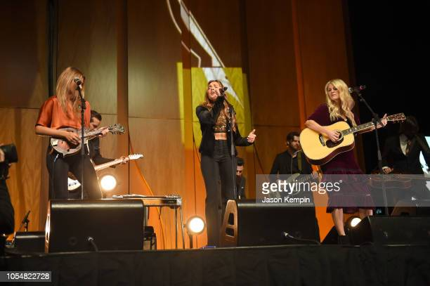 Hannah Mulholland Naomi Cooke and Jennifer Wayne of the band Runaway June perform during the 2018 Nashville Songwriters Hall Of Fame Gala at Music...