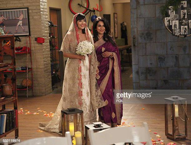 Hannah Simone and guest star Anna George in the season finale Landing Gear episode of NEW GIRL airing Tuesday May 10 on FOX