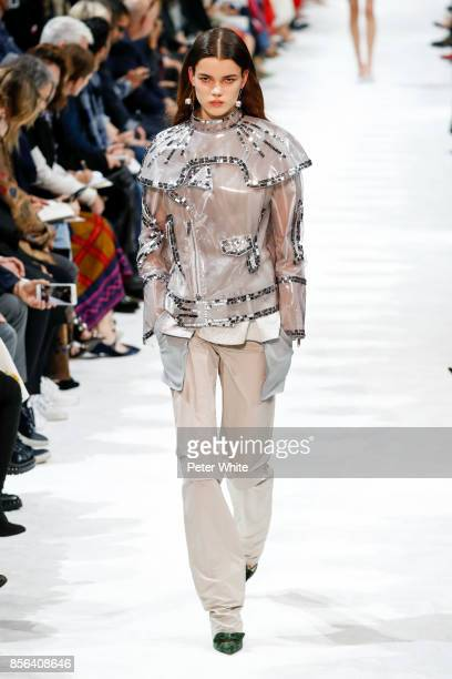 Hannah Sprehe walks the runway during the Valentino show as part of the Paris Fashion Week Womenswear Spring/Summer 2018 on October 1 2017 in Paris...