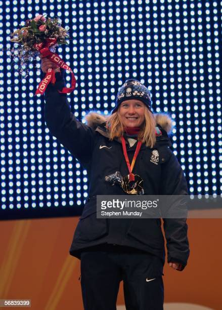 Hannah Teter of United States receives the gold medal for the Womens Snowboard Half Pipe on Day 3 of the 2006 Turin Winter Olympic Games on February...