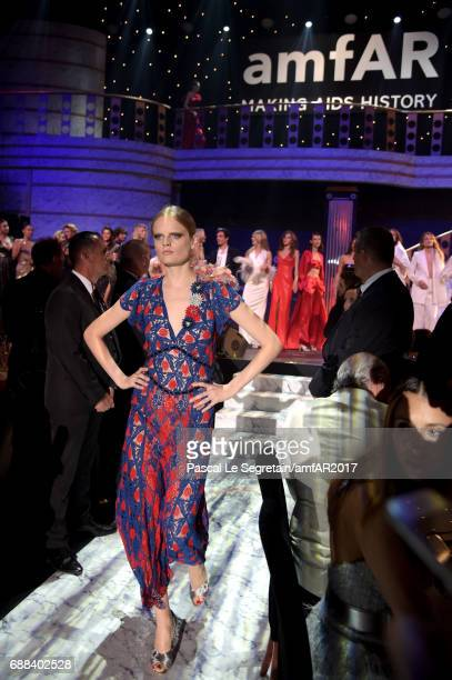 Hanne Gaby Odiele wearing Marc Jacobs walks the runway in the fashion show during the amfAR Gala Cannes 2017 at Hotel du CapEdenRoc on May 25 2017 in...
