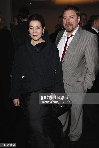 Hannelore Elsner Und Armin Rohde Bei Der Afterparty Zur Eröffnungsgala Der 60 Berlinale Im Moskau In Berlin