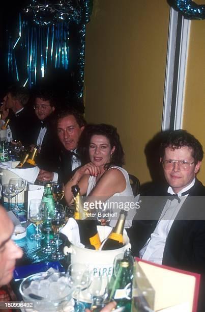 Hannelore Elsner und Ehemann Uwe Carstensen Deutscher Filmball 1994 München Bayern Deutschland Europa Hotel Bayerischer Hof dah