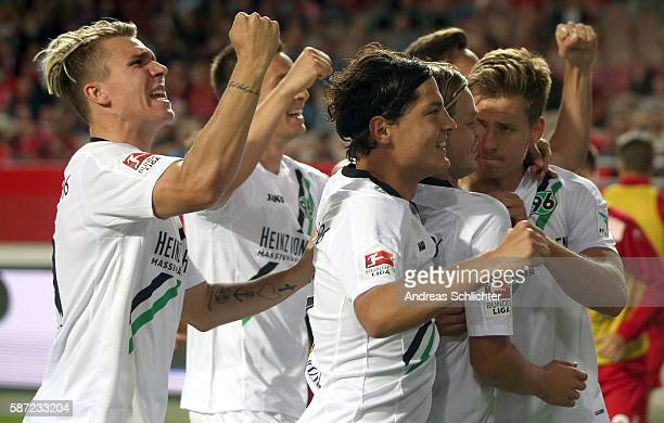 Hannover 96 celebrate during the Second Bundesliga match between 1 FC Kaiserslautern and Hannover 96 at FritzWalterStadion on August 5 2016 in...