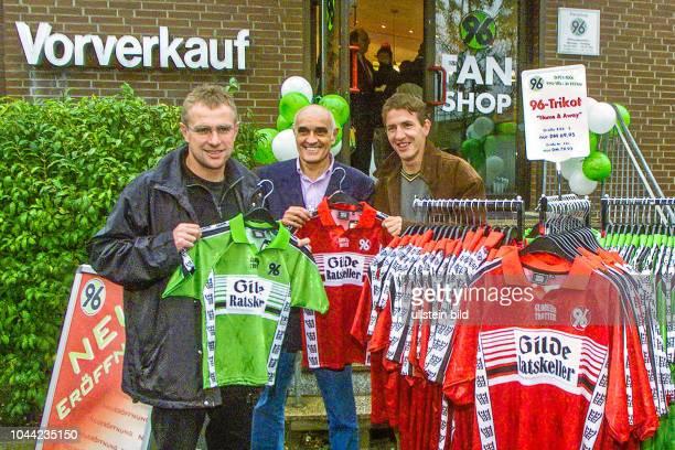 Hannover 96 Fan Shop Eröffnung mit Trainer Ralf Rangnick Martin Kind und Daniel Stendel