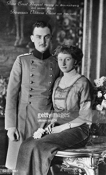 Hannover, Ernst August III of, Duke of Brunswick - Germany*17.11.1887-+- with his fiancee princess Viktoria Luise of Prussia- undated- photo: Th....