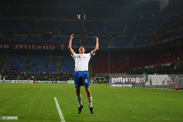 Hannu Tihinen of Zurich and scorer of the winning goal salutes the travelling fans after his sides 10 victory during the UEFA Champions League Group...