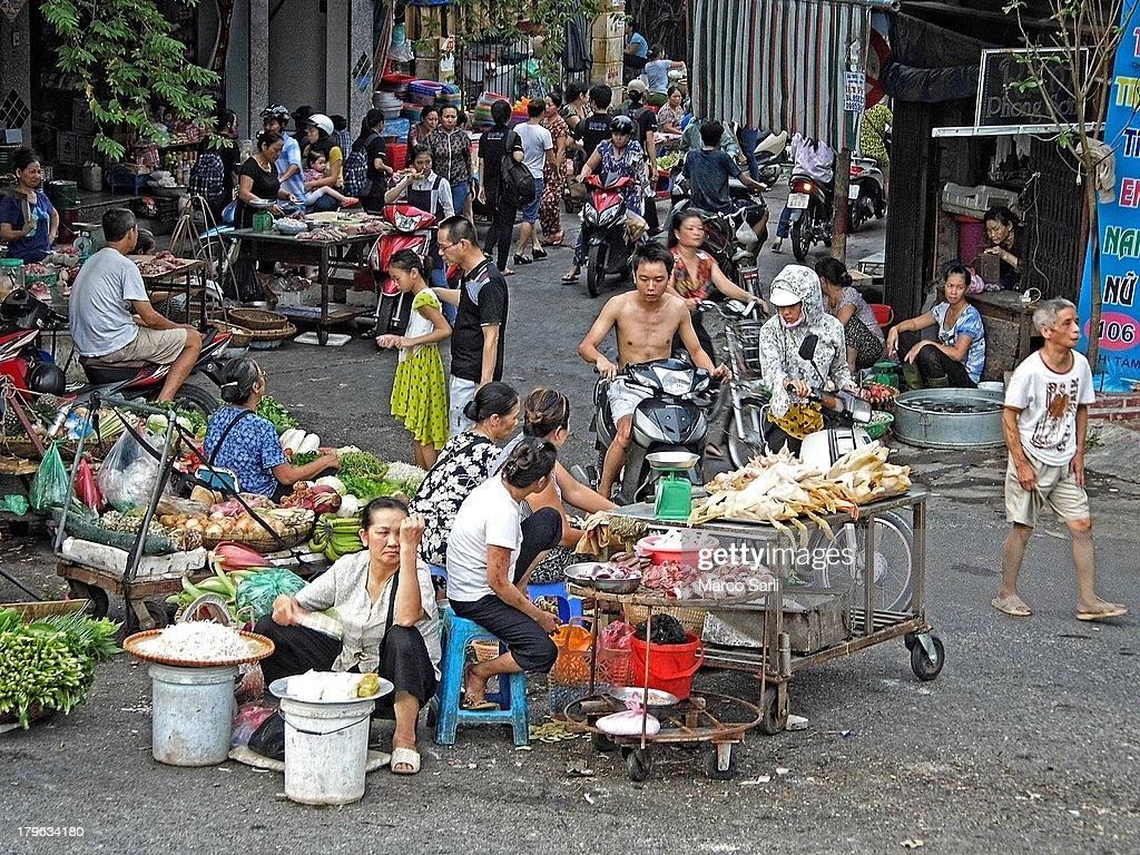 Hanoi .Street market : News Photo