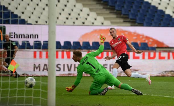 DEU: Hannover 96 v SG Dynamo Dresden - Second Bundesliga