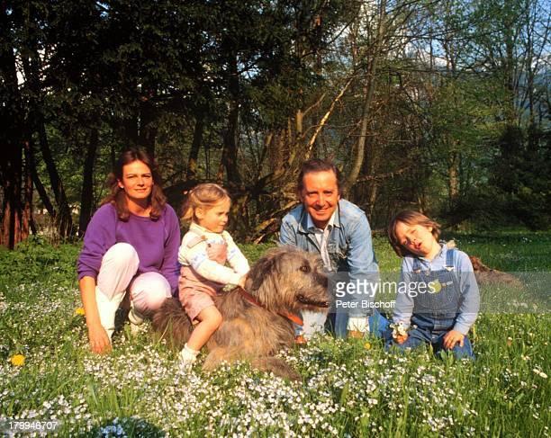 Hans Clarin ExEhefrau MargaretheTochter Anna Sohn Philipp HometoryMünchen Hund Tier