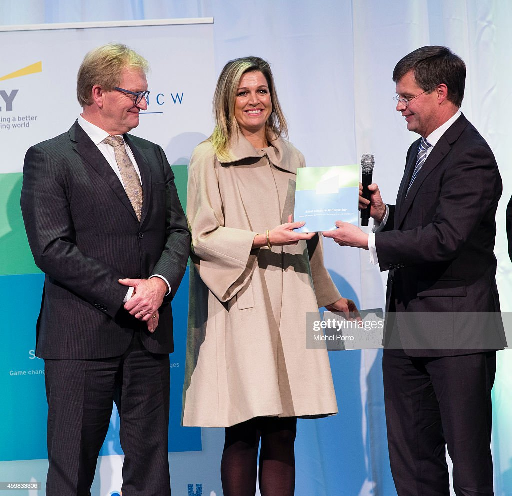 Hans de Boer, Queen Maxima of The Netherlands and Jan Peter Balkenende attend the presentation ceremony of the Dutch Sustainable Growth Report on December 2, 2014 in Amsterdam, The Netherlands.