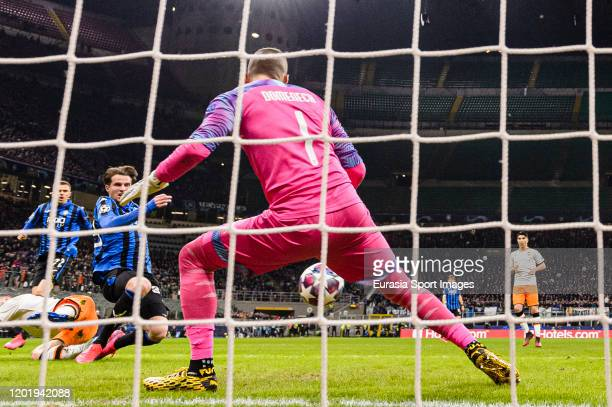 Hans Hateboer of Atalanta attempts a kick for score his goal during the UEFA Champions League round of 16 first leg match between Atalanta and...
