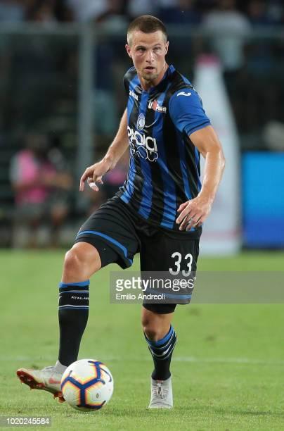 Hans Hateboer of Atalanta BC in action during the serie A match between Atalanta BC and Frosinone Calcio at Stadio Atleti Azzurri d'Italia on August...