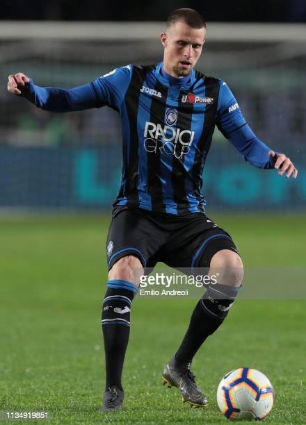 Hans Hateboer of Atalanta BC in action during the Serie A match between Atalanta BC and Bologna FC at Stadio Atleti Azzurri d'Italia on April 4 2019...