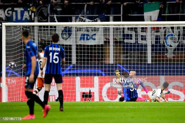 Hans Hateboer of Atalanta BC scores the opening goal during the UEFA Champions League round of 16 first leg football match between Atalanta BC and...