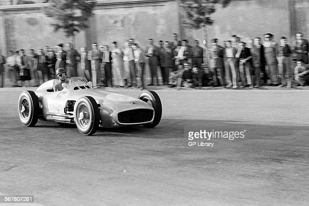 Hans Herrmann in a MercedesBenz W196 at the Spanish Grand Prix Pedralbes Spain 24 Oct 1954