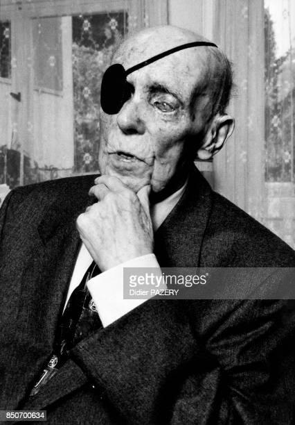 Hans Lange ancien combattant allemand de la guerre de 1418 né à Lübeck le 14 avril 1899 Mobilisé en 1917 en tant qu'artilleur puis versé au 90ème...