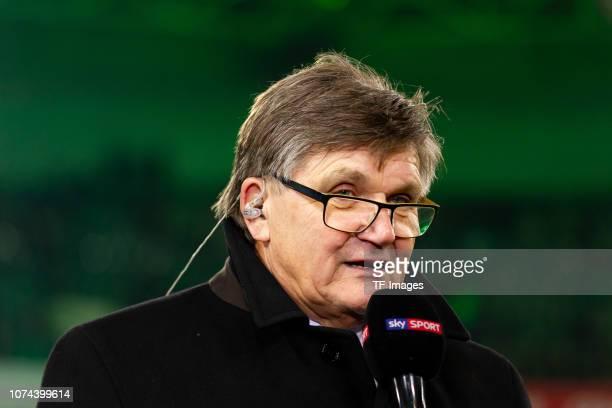 Hans Meyer of Borussia Moenchengladbach looks on during the Bundesliga match between Borussia Moenchengladbach and 1FC Nuernberg at BorussiaPark on...