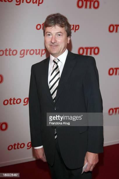 Hans Otto Schrader Beim Empfang Zum Dinner Der Otto Group In Den Börsensälen Der Handelskammer In Hamburg Am 130907