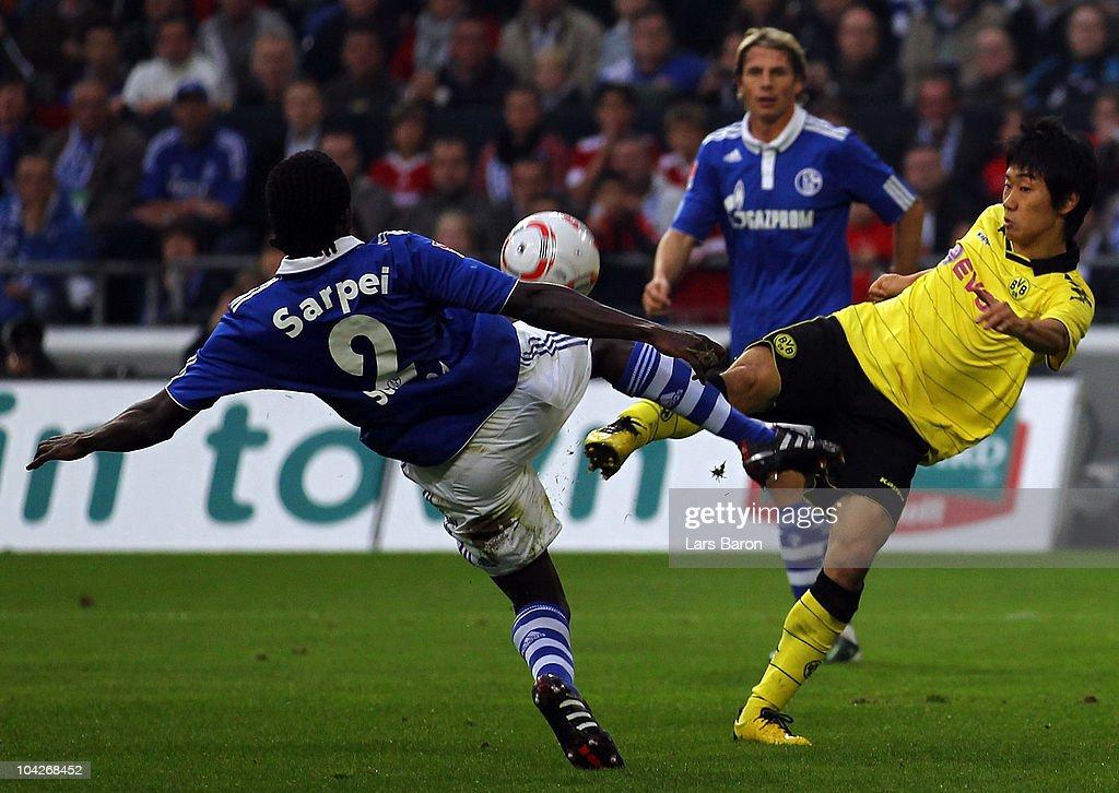 FC Schalke 04 v Borussia Dortmund - Bundesliga : News Photo