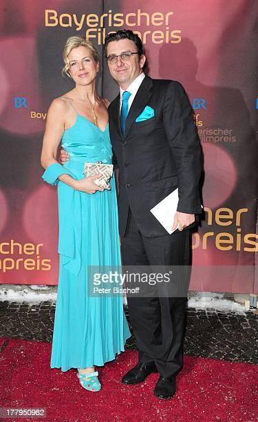 Hans Sigl Lebensgefhrtin Susanne Kemmler 34 Verleihung Bayerischer Filmpreis Prinzregententheater Mnchen Bayern Deutschland Europa Roter Teppich Gala...