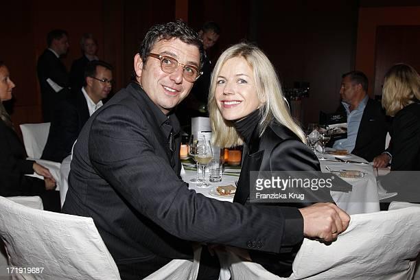 Hans Sigl Und Ehefrau Susanne Bei Der Audi Sylt Cross Golf Night Im ARosa Resort In List Beim 1 Sylt Cross Golf Auf Sylt