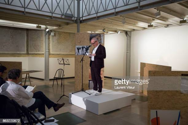 Hans Ulrich Obrist reads 'Tombeau pour Cinq Cent Mille Soldats' for 50th anniversary of the book at Azzedine Alaia Gallery on October 19 2017 in...