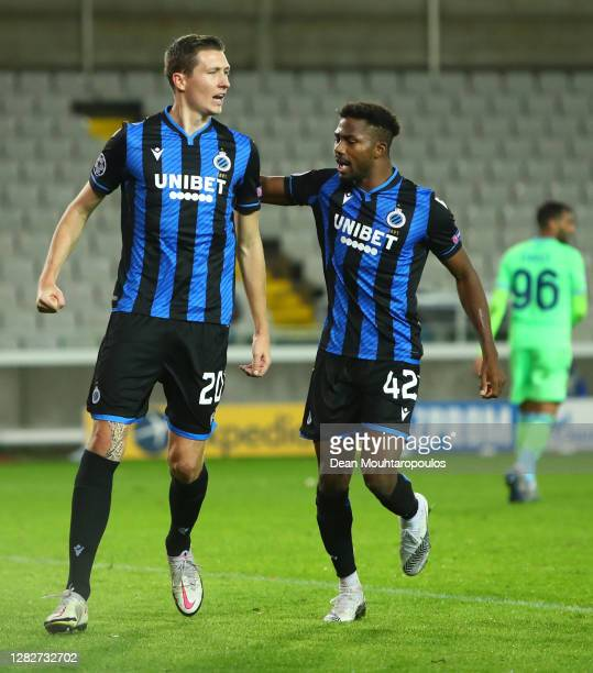Hans Vanaken of Club Brugge celebrates after scoring his team's first goal from the penalty spot during the UEFA Champions League Group F stage match...
