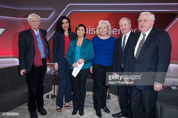HansChristian Stroebele Nadja Atwal Sandra Maischberger Debra Milke Tom Buhrow and John Kornblum attend the 'Menschen bei Maischberger' TV Show at...