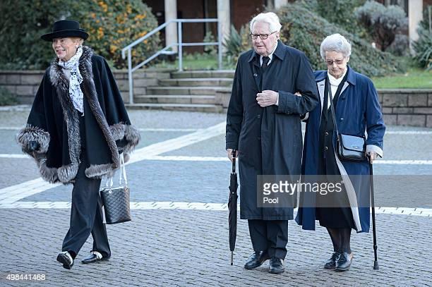 HansJochen Vogel arrives to attend the funeral service of former German Chancellor Helmut Schmidt at St Michaelis church on November 23 2015 in...