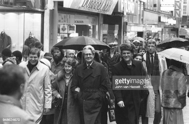 HansJochen Vogel top candidate of the SPD Social Democratic Party campaigns on January 29 1983 in Erlangen Bremen Frankfurt Bamberg Hof West Germany...