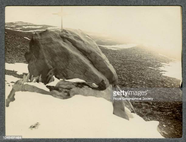 Hanson's grave Cape Adare Antarctica National Antarctic Expedition 19011904