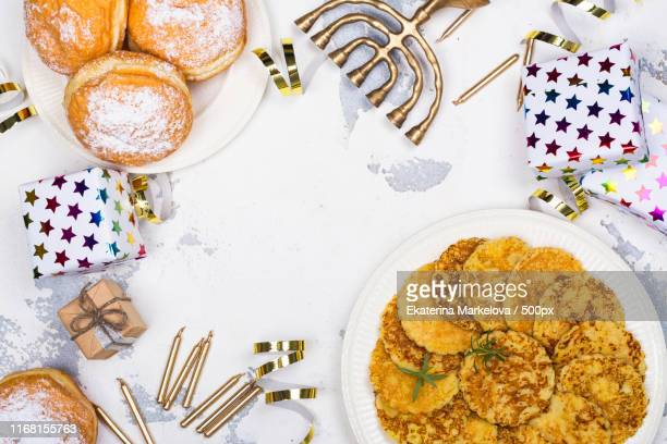 hanukkah festive background - sufganiyah stock pictures, royalty-free photos & images