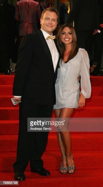 Hape Kerkeling and Nazan Eckes attend the Goldene Henne award at the Friedrichstadtpalast on September 19 2007 in Berlin Germany