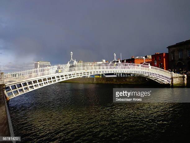 Ha'Penny Bridge, Rainbow, Grey sky, Dublin Ireland