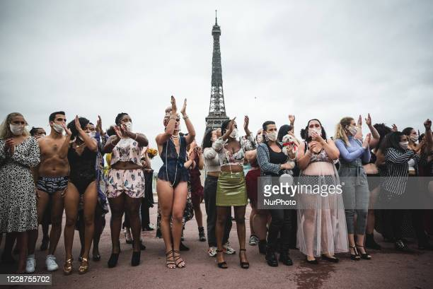 Happening was held on the esplanade of the Trocadero in Paris organized by the collective ''The All Sizes Catwalk'' where about 500 models of all...