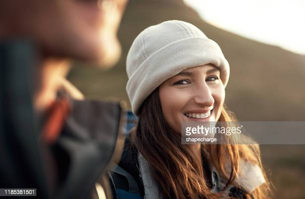 happiest are those who hike - vita attiva foto e immagini stock