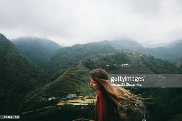 happiness and freedom at rice terraces os sa pa, vietnam - sa pa stock photos and pictures