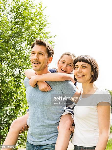 Glück Familie im park