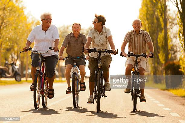 happy Radfahren Rentner